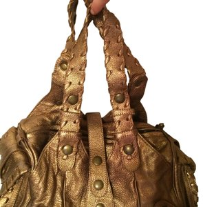 Chloé Silverado Metallic Metallic Metallic Hardware Leather Tote in gold