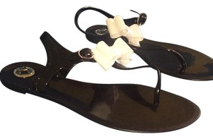BCBGeneration Black with white bow Sandals