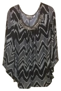 Avenue Top Black & White Print