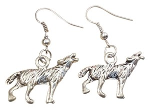 Antiqued Tibet Silver Wolf Dangle Earrings Free Shipping