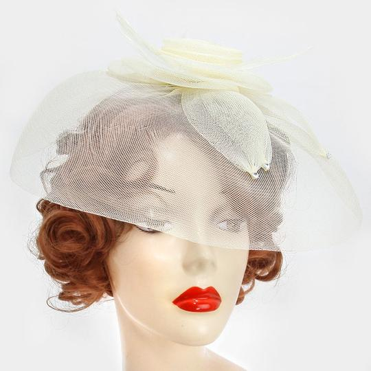 Preload https://img-static.tradesy.com/item/13232578/ivory-dual-flower-feather-mesh-net-pearl-crystal-accent-fascinator-barrette-clip-hair-accessory-0-0-540-540.jpg