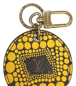 Louis Vuitton !! SALE PRICE !! ---This is a LIMITED EDITION Yayoi Pumkin Dots Key Holder / Bag Charm