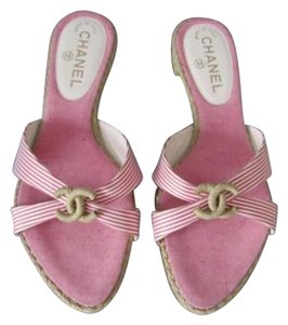 Chanel Striped red & white Sandals