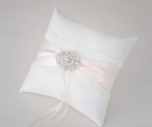 Wedding Pillow / Ring Pillows - Light Pink Ivory Brooch - Lace