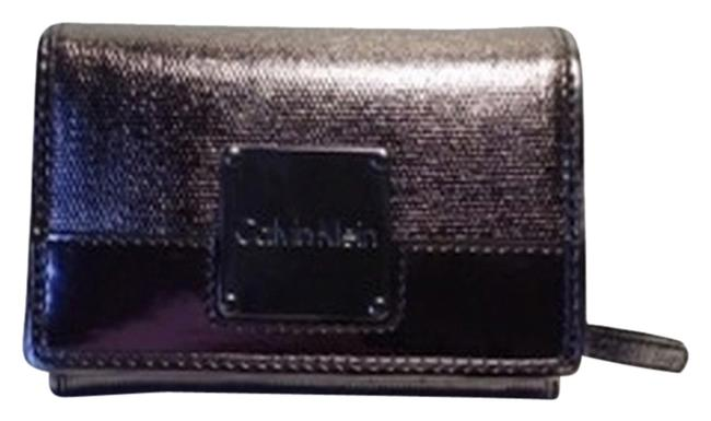 Item - Metallic Silver Wallet