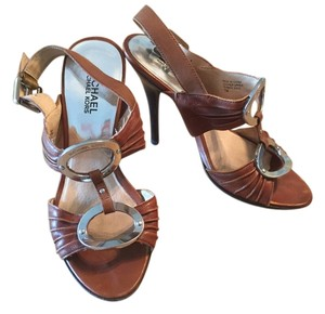 Michael Kors Brown Leather Vintage Mongram Hardware Brown/Metal T Strap Sandals