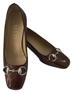 Gucci Brown Patent Leather Pumps