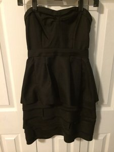 BCBGMAXAZRIA Strapless Peplum Pockets Dress