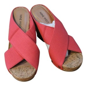 Nine West Sandal Open Toe Coral and Tan Wedges