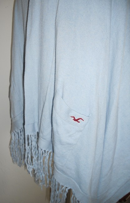 Hollister Cape