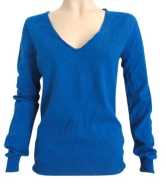 Preload https://img-static.tradesy.com/item/132588/jcrew-blue-royal-medium-long-sleeve-stretch-sweaterpullover-size-8-m-0-0-650-650.jpg