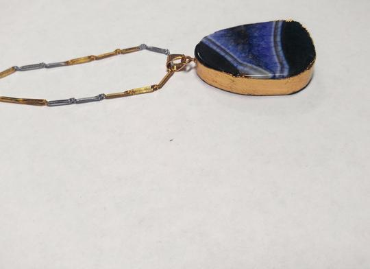 Other Black Purple & Gold Agate Gemstone Necklace 20 in. long A152