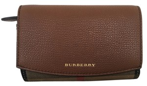 Burberry Burberry House Check Derby Leather Wellington Wallet