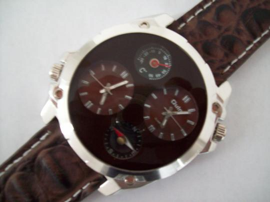 Other Round Analog Dress Military Army Watch Two Time Zones Compass And Thermometer