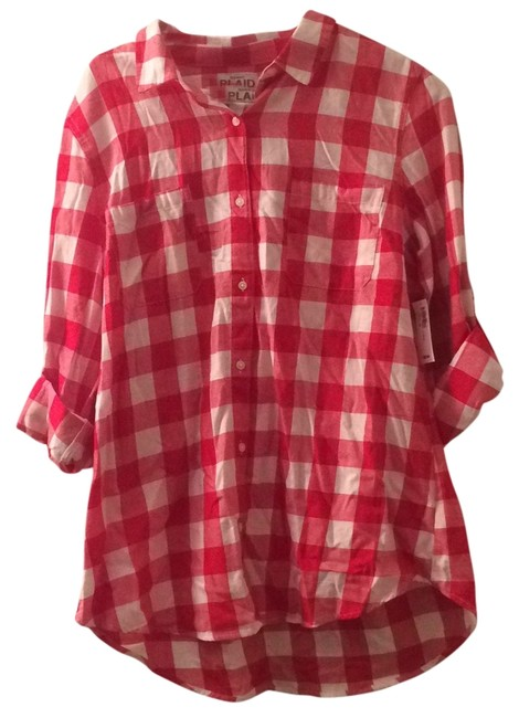 Preload https://item4.tradesy.com/images/old-navy-red-and-white-button-down-top-size-14-l-13263853-0-1.jpg?width=400&height=650