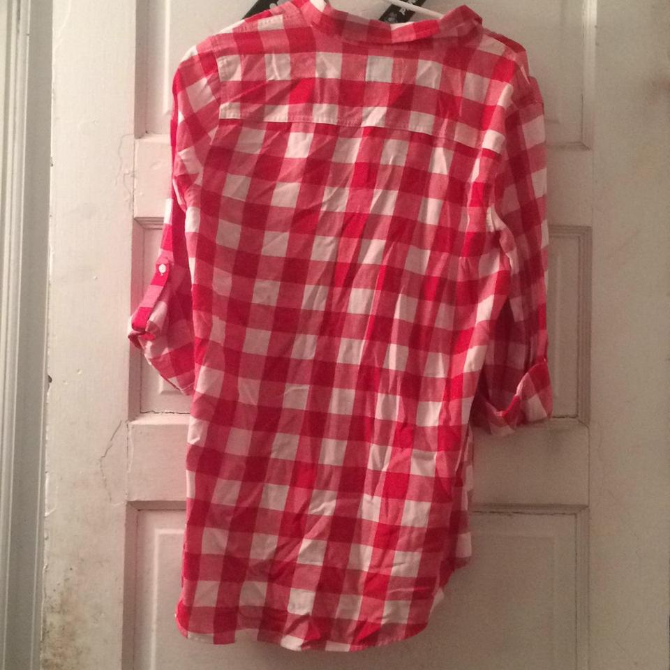 Old navy red and white button down shirt tradesy for Red and white button down shirt
