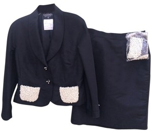 Chanel Authenic Rare black Chanel silk 2 piece skirt suit set