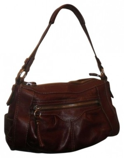 Preload https://item2.tradesy.com/images/fossil-brown-leather-shoulder-bag-132671-0-0.jpg?width=440&height=440