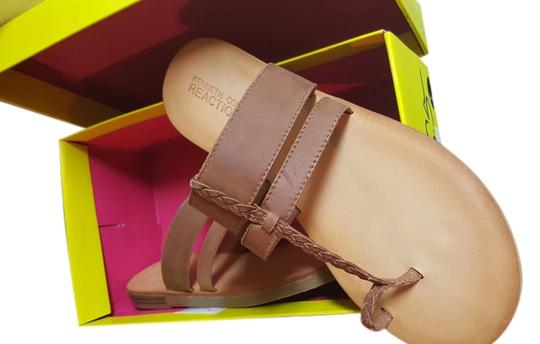 Preload https://item4.tradesy.com/images/kenneth-cole-reaction-light-brown-sandals-size-us-85-13270318-0-1.jpg?width=440&height=440
