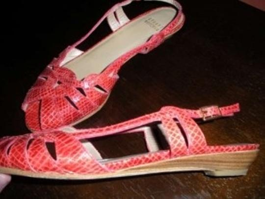 Stuart Weitzman Snakeskin Snake Size 6.5 Woven Strappy Red Sandals