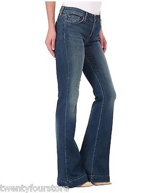 Preload https://item1.tradesy.com/images/j-jeans-another-lovestory-flare-bellbottom-in-ingenue-blue-13271050-0-0.jpg?width=400&height=650