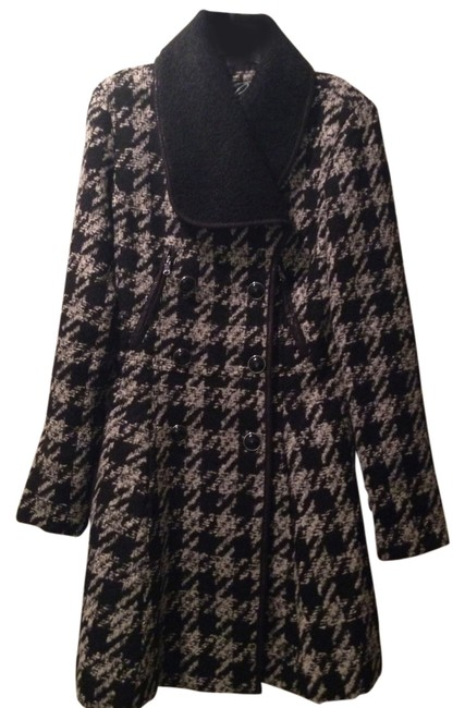 Preload https://item5.tradesy.com/images/guess-houndstooth-grey-and-black-felicity-size-2-xs-1327774-0-0.jpg?width=400&height=650