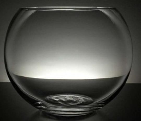 Preload https://item2.tradesy.com/images/clear-three-10-bubble-fish-bowls-reception-decoration-132821-0-0.jpg?width=440&height=440