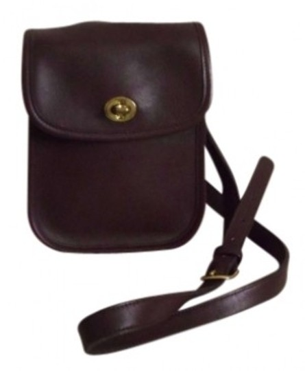 Preload https://item2.tradesy.com/images/coach-sidepack-shoulder-bagh5c-9978cross-shoulder-with-22-mahogany-leather-cross-body-bag-132831-0-0.jpg?width=440&height=440