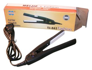 Other BOGO Free Travel Size Flat Iron Free shipping