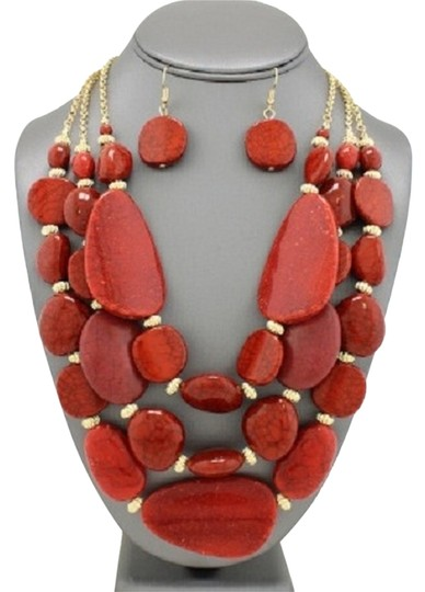 Preload https://item4.tradesy.com/images/gold-coral-turquoise-and-earrings-necklace-13285573-0-1.jpg?width=440&height=440