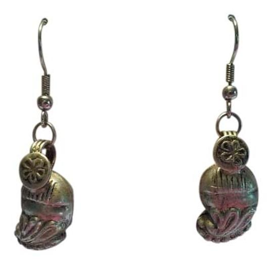 Preload https://img-static.tradesy.com/item/13287061/silver-antique-indonesian-sterling-pierced-dangle-drop-earrings-0-1-540-540.jpg