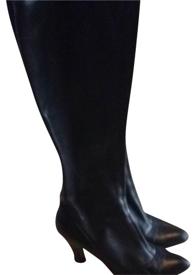 Preload https://img-static.tradesy.com/item/1328793/marc-jacobs-black-knee-high-leather-zip-luxury-lambskin-bootsbooties-size-us-5-regular-m-b-0-0-540-540.jpg