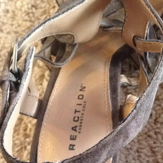Kenneth Cole Reaction Olive Green Sandals