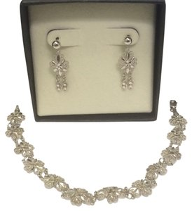 Zales New 10k White Gold Bracelet And Earring Set
