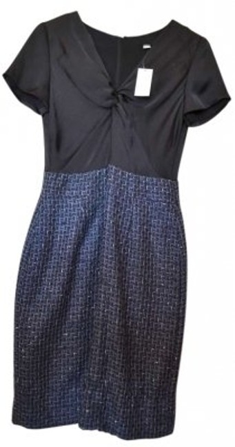 Preload https://item2.tradesy.com/images/banana-republic-black-and-navy-knotted-charmeuse-top-metallic-thread-tweed-skirt-knee-length-workoff-132916-0-0.jpg?width=400&height=650