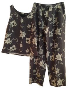 Tommy Bahama Tommy Bahama pants suit