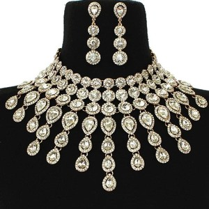 Silver Pear Shaped Crystal Drops Statement Necklace And Earrings Set