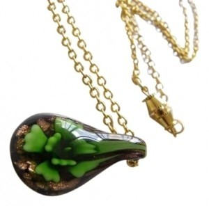 Green flower lampwork glass beads pendent gold necklace