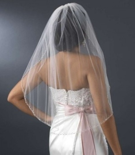 Elegance by Carbonneau Ivory Medium Beaded Edge Elbow Length Bridal Veil