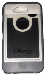 Otter Box Iphone 4/4s grey Otter Box case with built in screen protector