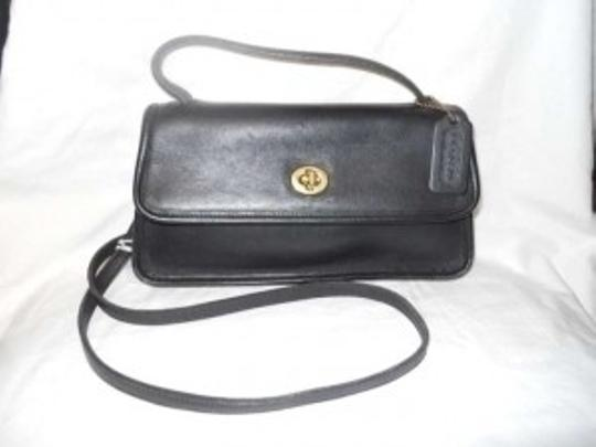 Coach Leather Handbag With Detachable Strap Shoulder Bag