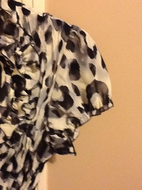 Clothing Company by Notations Two Piece Crinkle Button Down Shirt White/Black/Gray