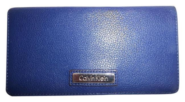 Item - Blue Pebbled Leather Full Size Bifold Snap Close Billfold Wallet