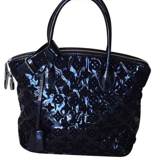 Preload https://item3.tradesy.com/images/louis-vuitton-lockit-fascination-black-patent-leather-and-lambskin-shoulder-bag-1329787-0-1.jpg?width=440&height=440