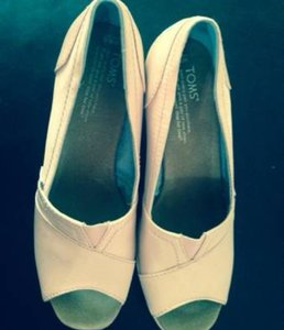 TOMS Petal Grosgrain Wedges Size US 8.5