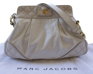 Marc Jacobs Quilted Leather Gold Hardware Chain Classic Shoulder Bag