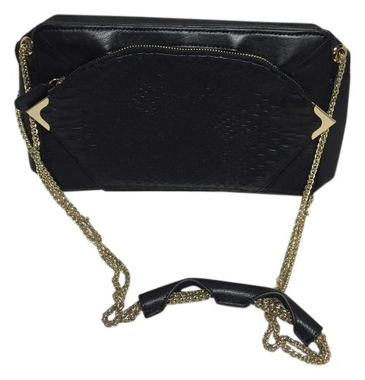 Preload https://item1.tradesy.com/images/be-and-d-shoulder-bag-black-1330435-0-0.jpg?width=440&height=440