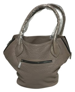 Me Char Leather Tote in Grey