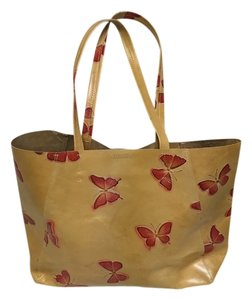 Streets Ahead Tote in Tan/Red