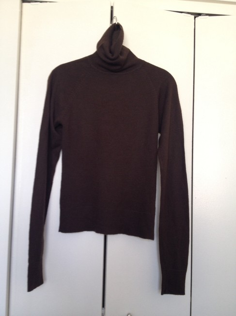 Preload https://item3.tradesy.com/images/h-and-m-brown-sweaterpullover-size-4-s-1330672-0-0.jpg?width=400&height=650